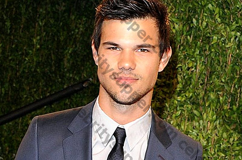 Taylor Lautner Networth